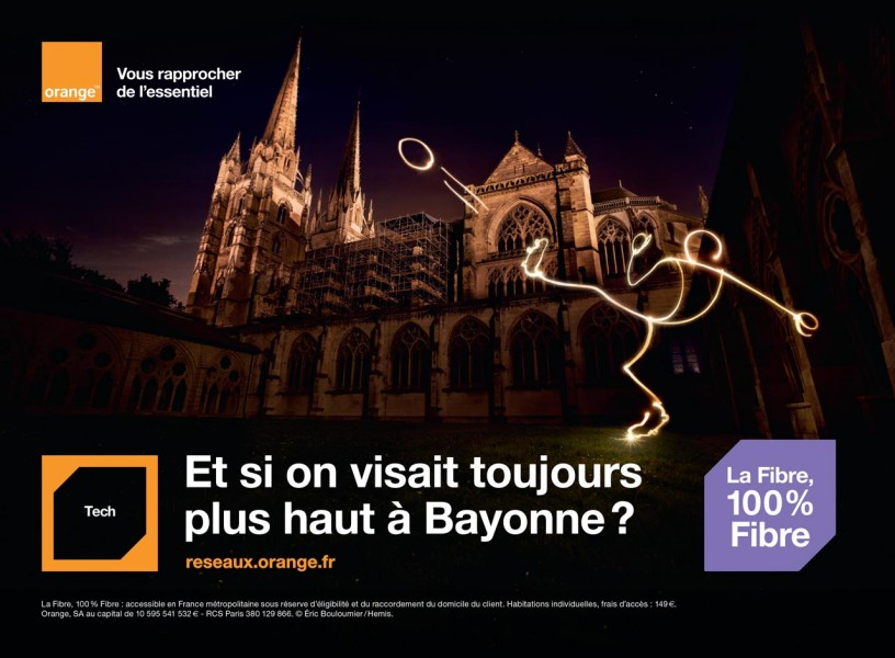 Campagne d'affiche Orange à Bayonne - Photographie réalisée par Eric Bouloumié Photographe